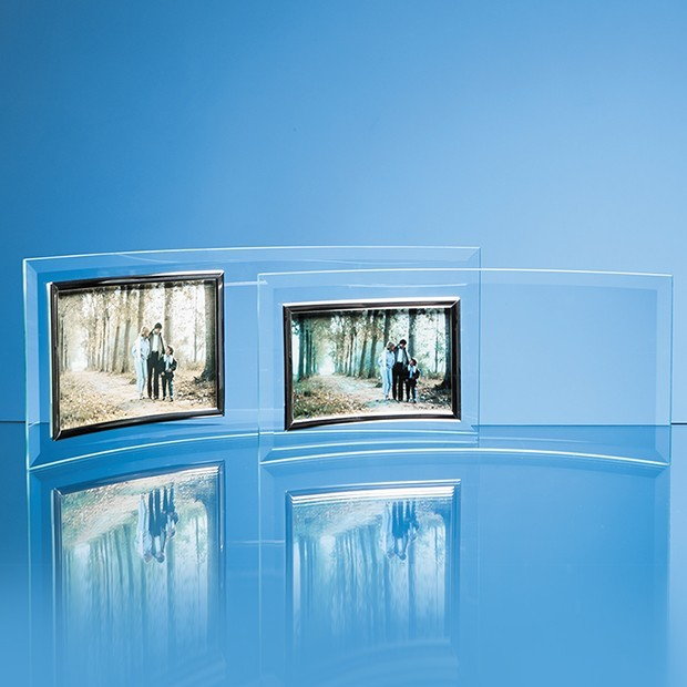 "Bevelled Glass Crescent Frame for 5"" x 3 1/2"" Landscape Photo"