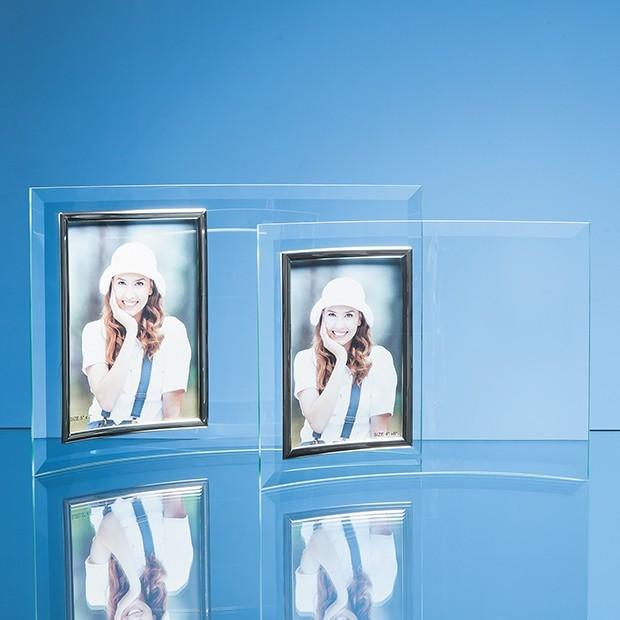"Bevelled Glass Crescent Frame for 4"" x 6"" Portrait Photo"