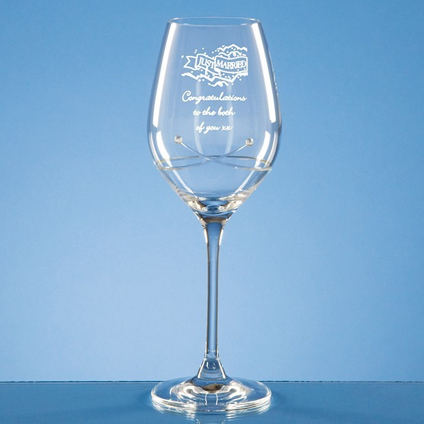 Single Diamante Wine Glass with a Kiss Cut Design