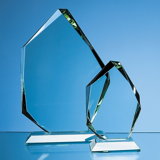 15cm x 19mm Jade Glass Facetted Ice Peak Award