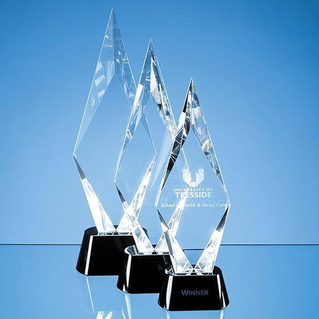 28.5cm Optical Crystal Facet Mounted Peak Award