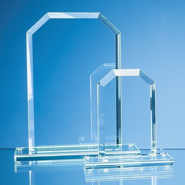 15cm x 9.5cm x 12mm Jade Glass Facet Honour Award