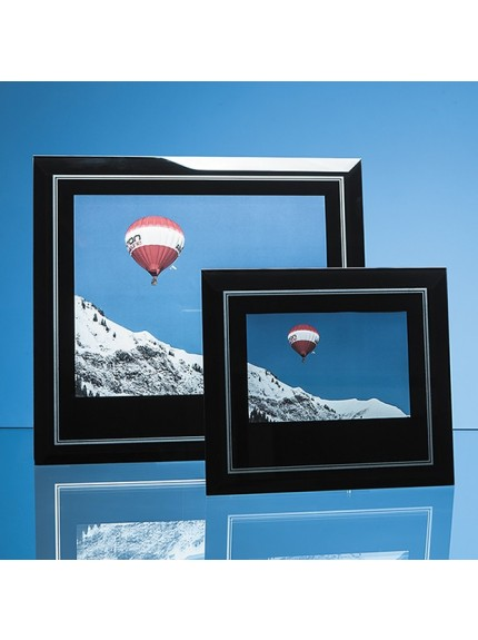 Black Surround with Silver Inlay Glass Frame for Portrait Photo