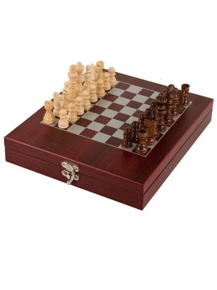 Rosewood Finish Chess Set In Stunning Presentation Case