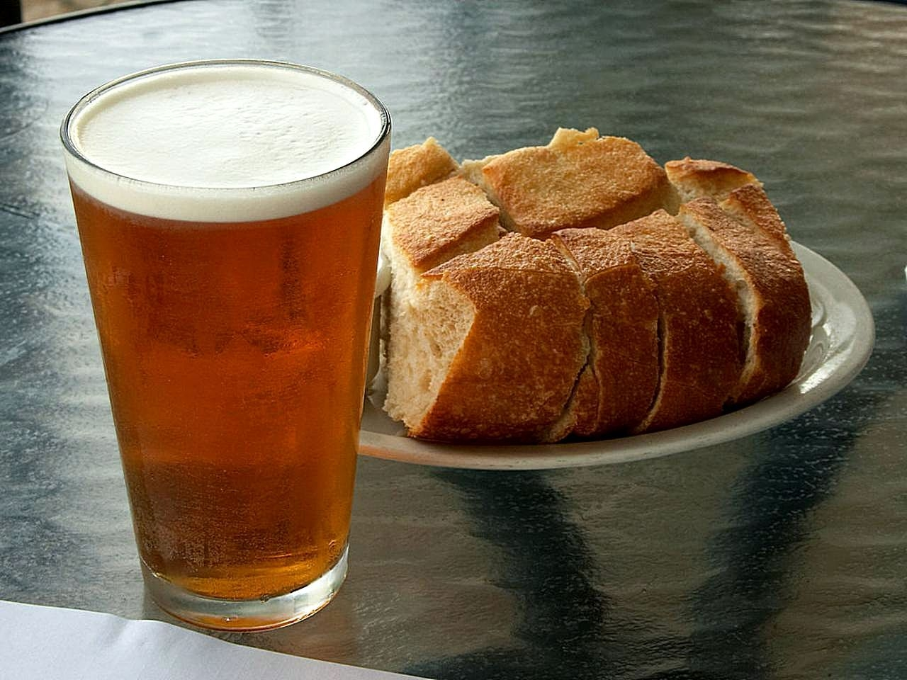 Ale and bread on a table